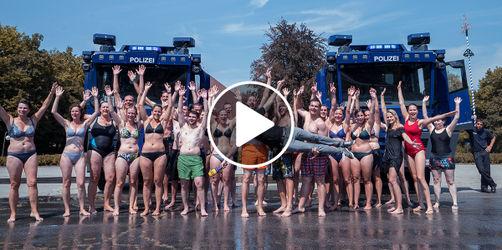 Wasserwerfer gegen Hitze: Bayerns actionreichste Abkühlung des Sommers