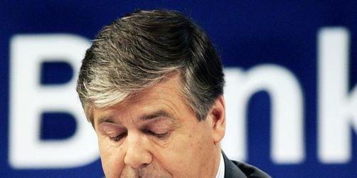 Deutsche Bank mit Milliardenverlust - Post steigt ein