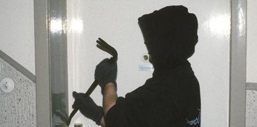 In den dunklen Monaten schlagen Sie vermehrt zu: So schützen Sie sich vor Einbrechern