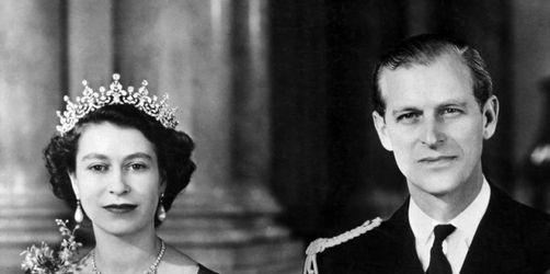 Bilder aus einer jahrzehntelangen Ehe: Die Queen und Prinz Philip feiern Eiserne Hochzeit