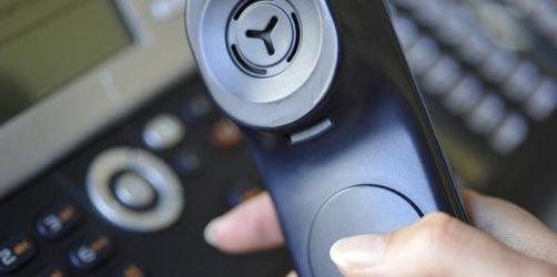 Stärkerer Schutz vor überteuerten Telefon-Warteschleifen