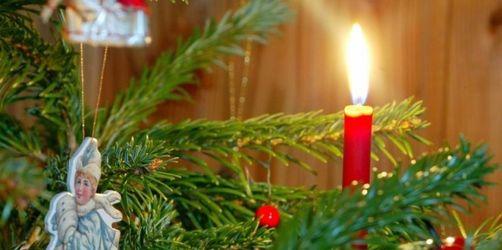 Brandgefahr am Weihnachtsbaum