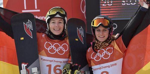 Zwei Medaillen im Snowboard - Viererbob auf Gold-Kurs