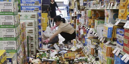 Mindestens drei Tote und 230 Verletzte bei Erdbeben in Japan