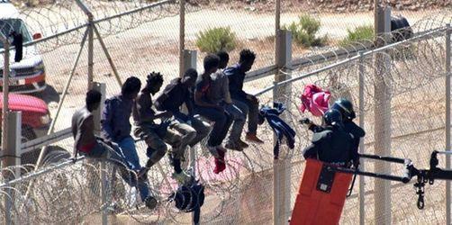 Juncker deutet Bewegung im EU-Migrationsstreit an