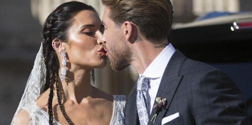 Romantisches Raubein: Fußballstar Ramos heiratet und weint