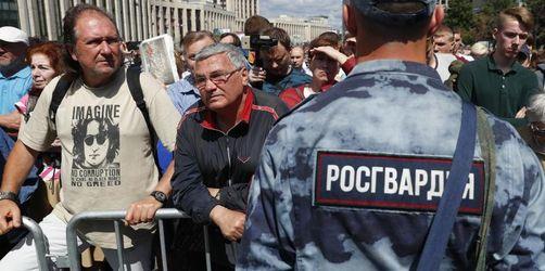 Kundgebung in Moskau gegen Polizei und Druck auf Medien