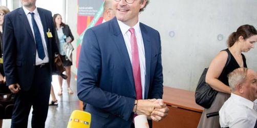 Maut-Zoff im Bundestag: Scheuer im Verteidigungsmodus