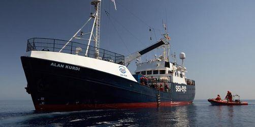 Sea-Eye rettet wieder: 44 Migranten von Holzboot aufgenommen