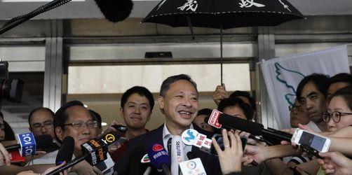 Hongkong lässt Protest-Anführer frei - Neue Demos geplant