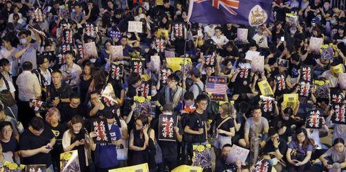 Neue Proteste in Hongkong trotz Drohungen aus Peking