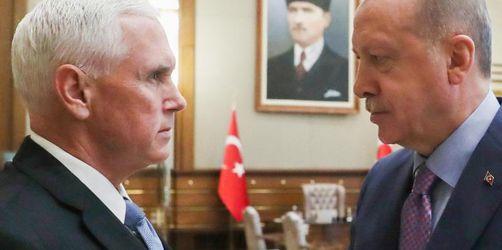 Pence verhandelt mit Erdogan über Waffenruhe in Nordsyrien
