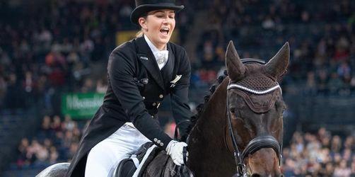 Dressur: Lisa Müller siegt überraschend, Thomas feiert mit