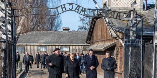 Merkel gedenkt der Opfer im Nazi-KZ Auschwitz