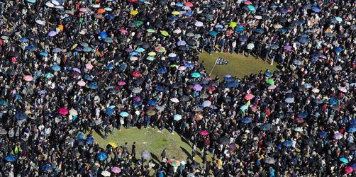 In Hongkong gehen erneut Massen auf die Straße