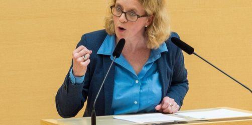 Verschärftes Polizeirecht: SPD und Grüne klagen