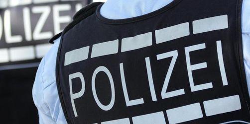 Mann randaliert bei Festnahme und verletzt drei Polizisten