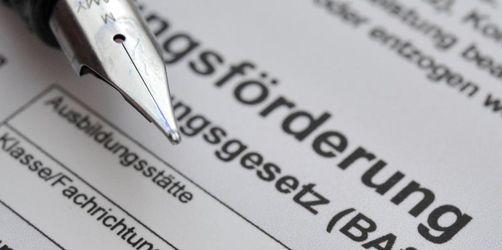 Behörden-Hü-und-Hott um Bafög für Pflegeschüler