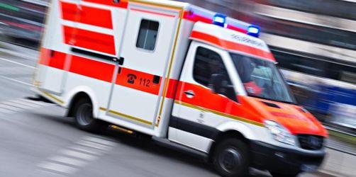 Drei Schwerverletzte bei Frontalzusammenstoß auf B14