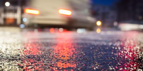 Wetterdienst warnt vor glatten Straßen