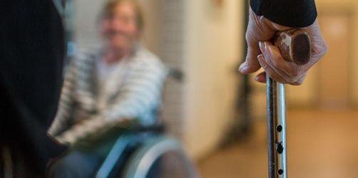 Nürnberger Klinikum sucht ehrenamtliche Demenzbegleiter