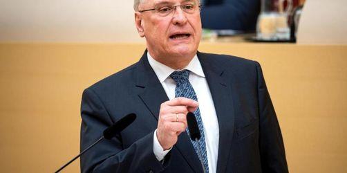 Herrmann: Notfalls engmaschige Kontrolle von IS-Rückkehrern