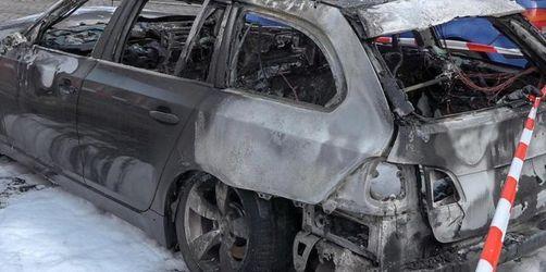 Neunjähriger rettet kleine Schwester aus brennendem Auto