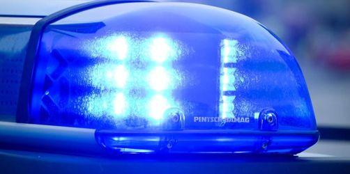 Frau attackiert Polizisten mit Heroinspritze