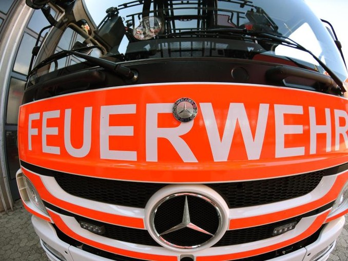 Ein Blick auf einen Einsatzwagen der Feuerwehr.Foto:PatrickSeeger/Archivbild