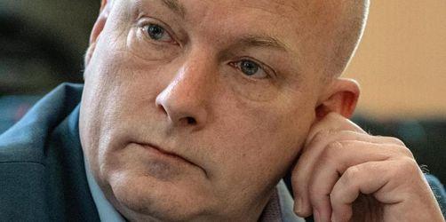 Suspendierter Bürgermeister greift Staatsanwaltschaft an