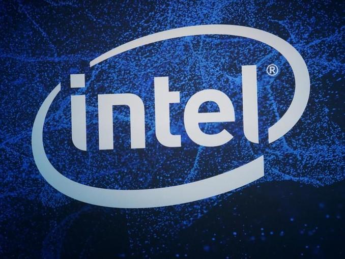 Das Logo des Chip-Konzerns Intel ist zu sehen. /Archivbild