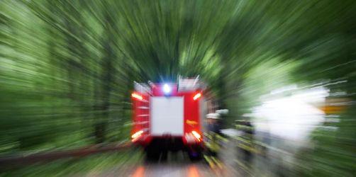 300 000 Euro Schaden bei Brand in Maschinenhalle