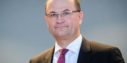 Bayern will Sparer über Bundesrat vor Negativzinsen schützen