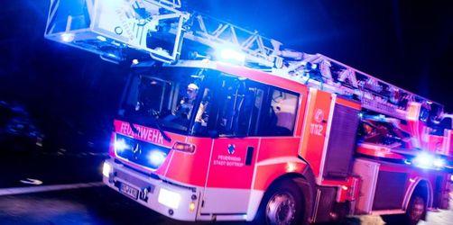 Christbaumkerzen lösen Zimmerbrand aus