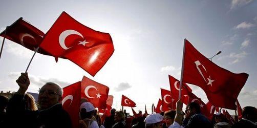 Waffenlager türkischer Verschwörergruppe gefunden
