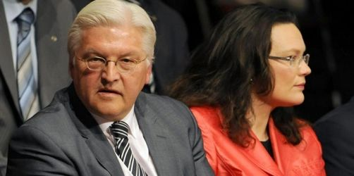 Umfragen: Schwarz-Gelb vorn - SPD verliert