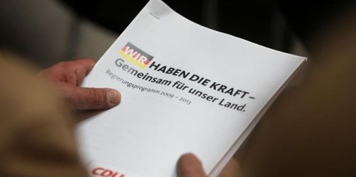 Merkel fordert Geschlossenheit nach Steuerstreit