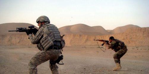 Zwölf Tote bei Taliban-Angriff auf US-Basis