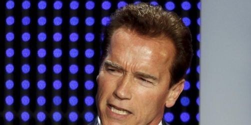 Schwarzenegger billigt Etat - Weitere Kürzungen