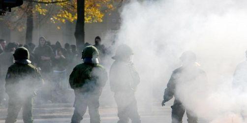 Höhere Strafen bei Attacken auf Polizisten geplant