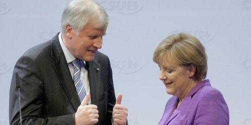 Merkel lässt Kritik abperlen
