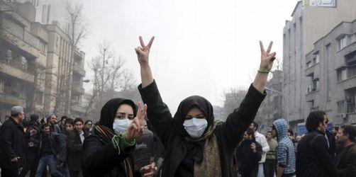 Teheran verbietet SMSund E-Mail bei Protesten