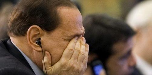 Berlusconi-Prozess geht weiter - Demonstration