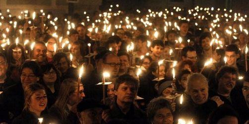 Demonstration gegen FPÖ-Kandidatin Rosenkranz