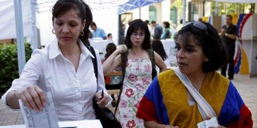Kopf-an-Kopf-Rennen bei Wahl in Kolumbien