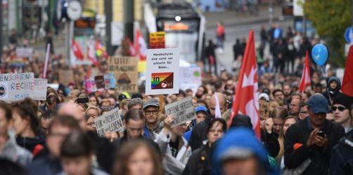 AfD-Kundgebung: 4000 protestieren gegen Rechts