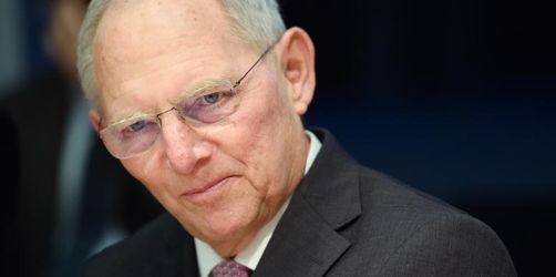 Steinmeier und Schäuble warnen vor Vorurteilen und Verrohung