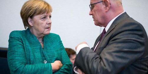 Fraktionswahl als Stimmungstest für Merkel
