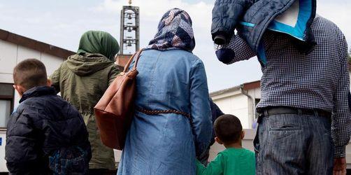Bund geht von 166.000 Erstanträgen auf Asyl 2018 aus