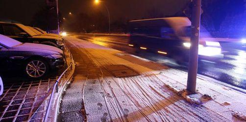 Wetterdienst warnt vor rutschigen Straßen in Deutschland